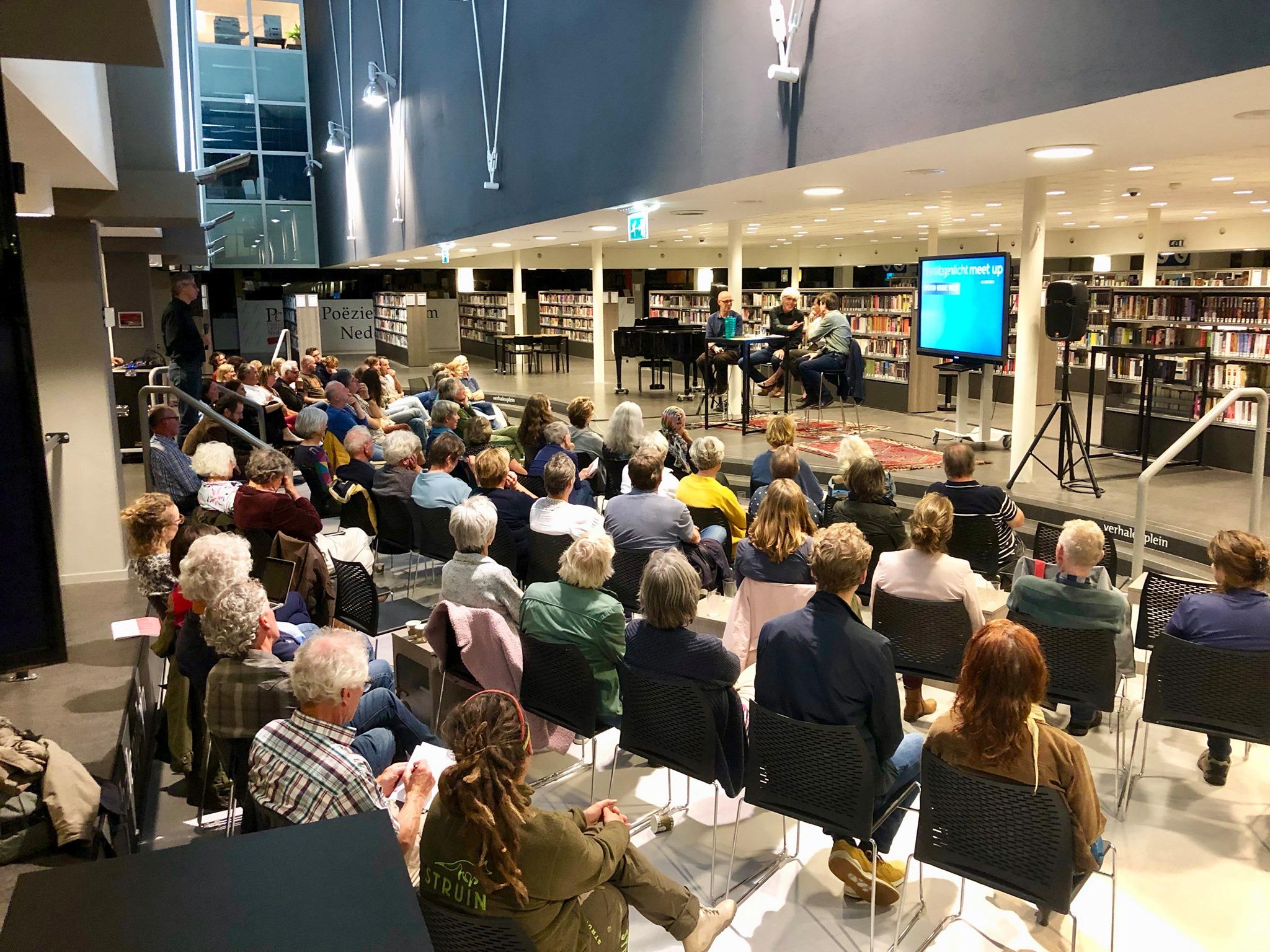 Impressie van een Tegenlicht meetup in Nijmegen.